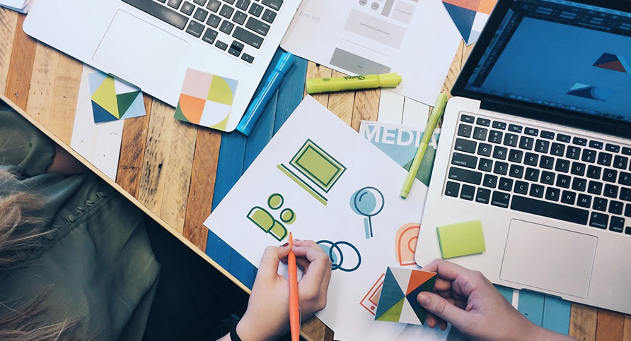 5 Factors to Consider When Designing a Website